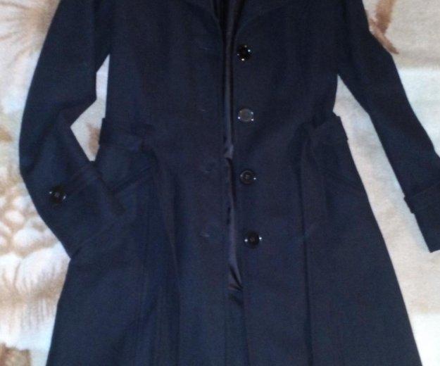 Демисезонное пальто. Фото 1. Омск.