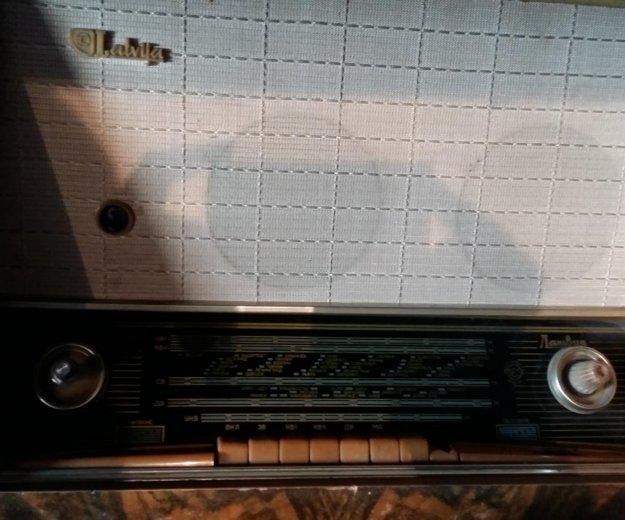 Сторое радио и винил . все в хор. сост. Фото 3. Ангарск.