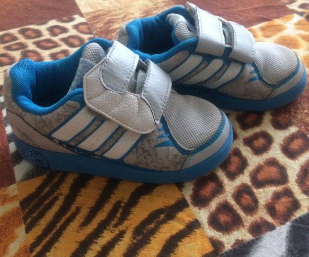 Adidas. Фото 1. Нижневартовск.