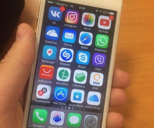 Iphone 5. Фото 1.