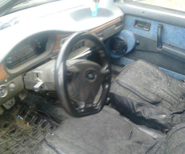 Автомобиль ваз 2109. Фото 1.