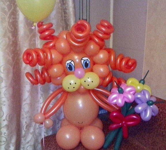 Львенок из воздушных шаров. Фото 3. Омск.