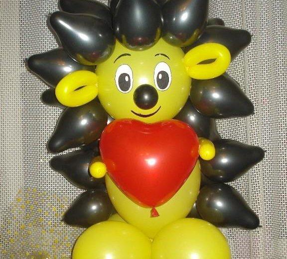 Ежик из воздушных шаров. Фото 1. Омск.