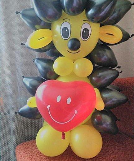 Ежик из воздушных шаров. Фото 2. Омск.