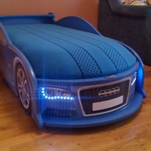 Кровать в виде машины. Фото 1. Зеленоград.