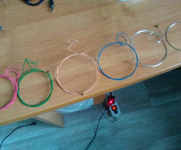 Струны (цветные), использовались месяц. Фото 1. Березовский.
