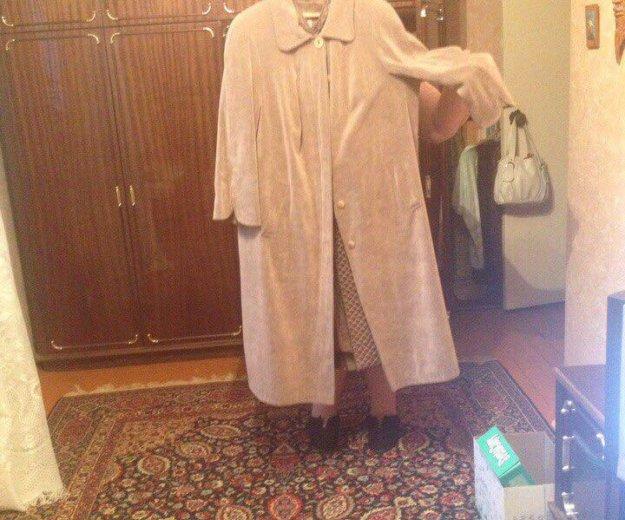 Пальто вельветовое. Фото 1. Рыбинск.