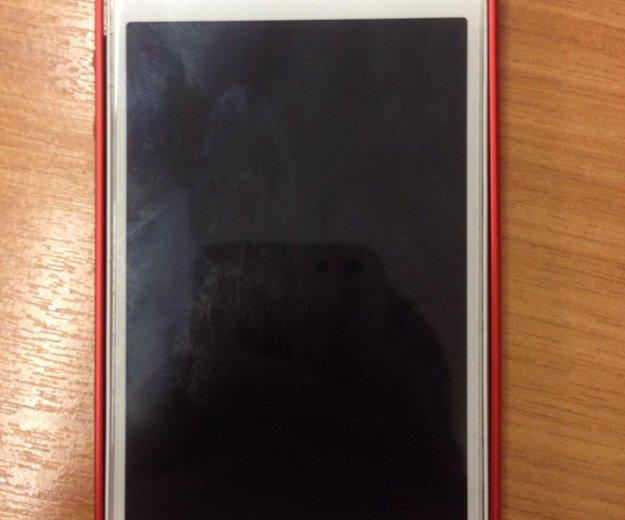 Iphone 4s. Фото 1.