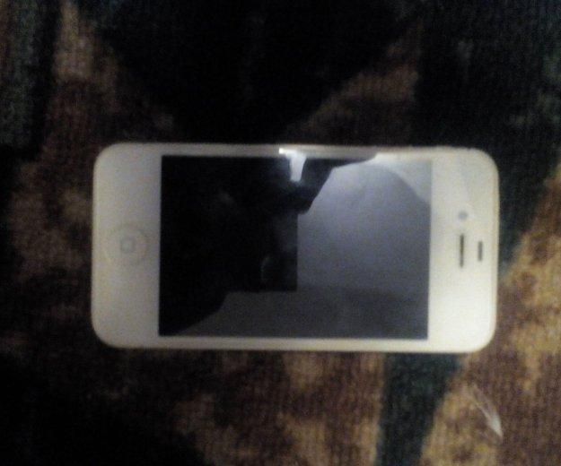 Iphone 4s. Фото 1. Нерюнгри.
