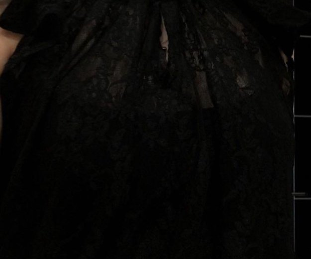 Блуза кружевная в идеальном состоянии 42-46. Фото 2. Новый Уренгой.