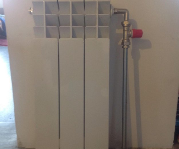 Радиатор биметалический. Фото 1. Новосибирск.