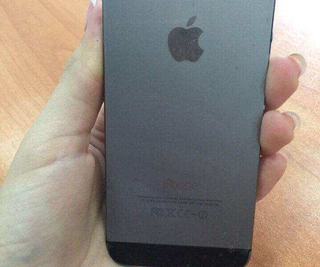 Iphone 5 s 16 gb space gray. Фото 3.