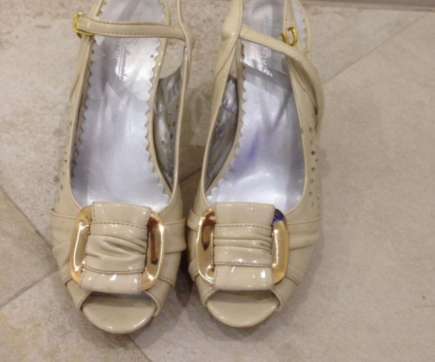 Обувь. Фото 1. Сургут.