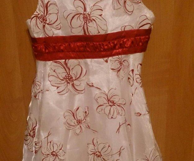 Нарядное белое платье с красным бантом. Фото 3. Санкт-Петербург.