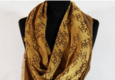 Платок.шарф шанель. Фото 1. Тюмень.