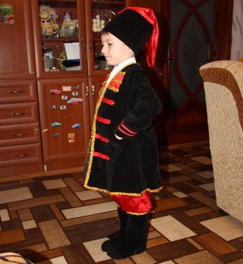 Новогодний костюм казака. Фото 3. Ртищево.