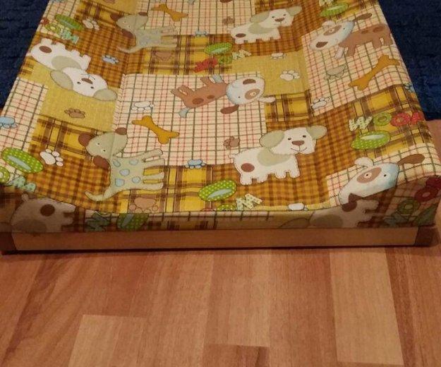 Пеленальный столик на кровать. Фото 1. Москва.