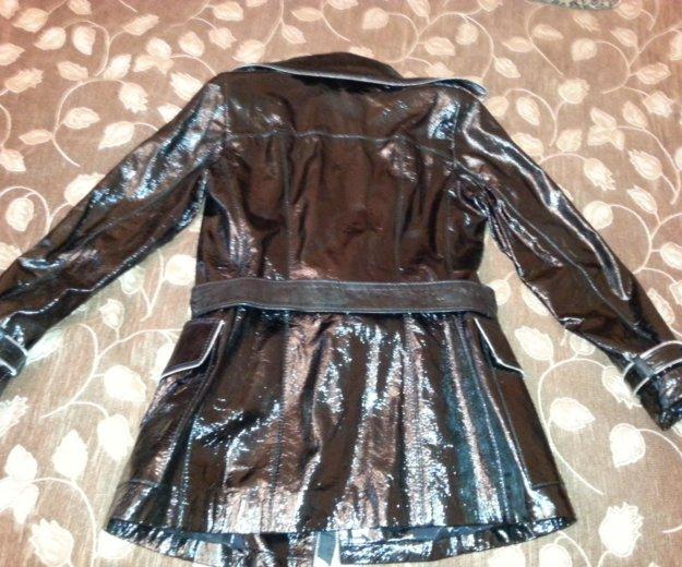 Новая лаковая куртка. Фото 2. Москва.
