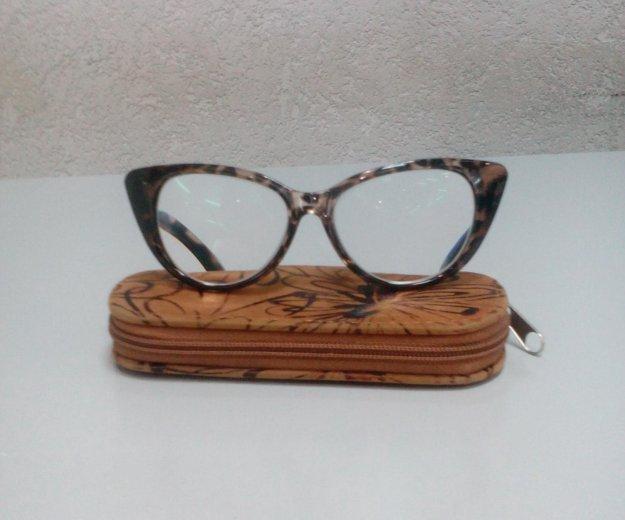 Стильные очки новые +3,5. Фото 2. Тюмень.