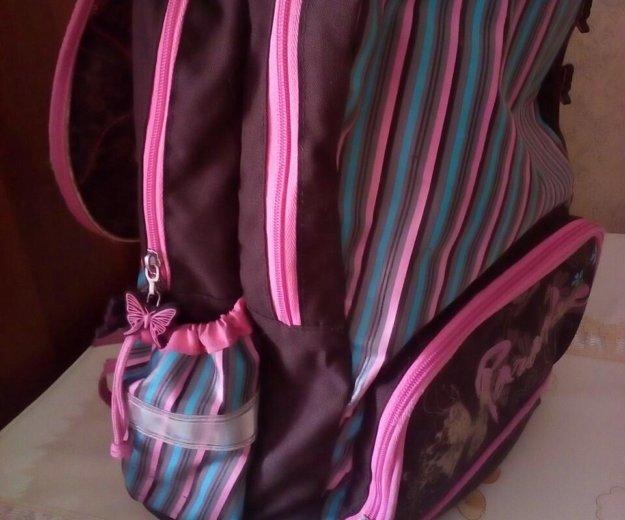 Ранец для девочки(б/у). Фото 2.