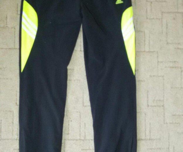 Спортивный костюм adidas. Фото 3. Томск.