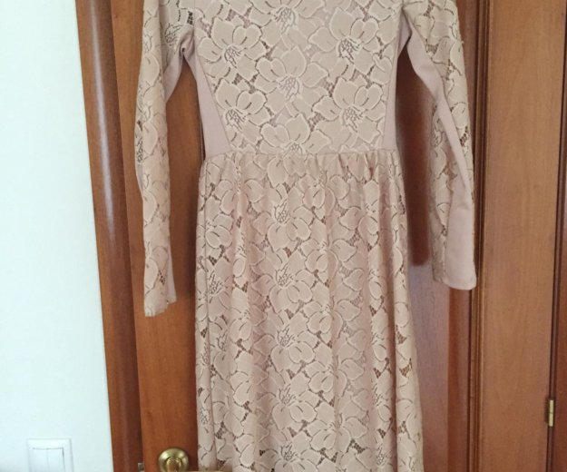 Платье , бежевое. Фото 1. Мытищи.