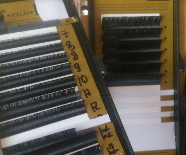 Материалы для наращивания ресниц. Фото 3.