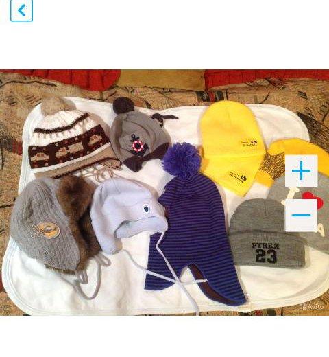 Шапки и шапка- шлем на раз 44- 46. Фото 1. Москва.