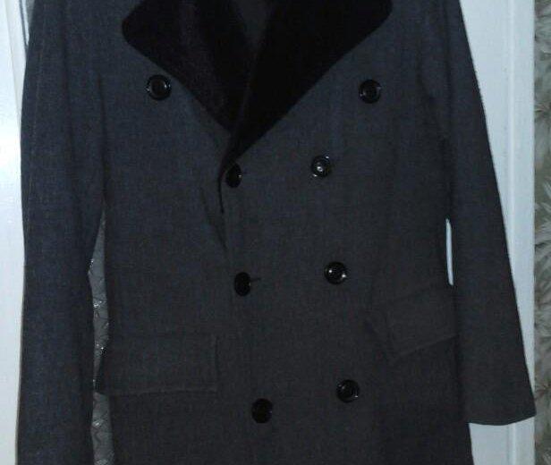 Пальто мужское размер 46-48 в отличном состоянии. Фото 2. Волгоград.