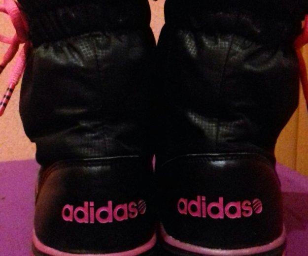 Дутики adidas. Фото 1. Сургут.