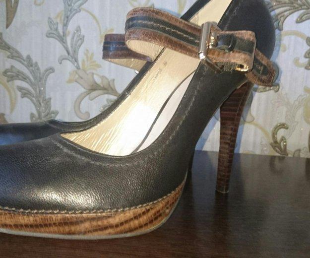 Туфли кожанные р.39- новые, черные. Фото 1. Туапсе.