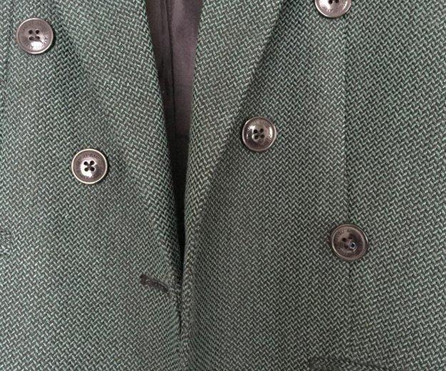 Зеленый пиджак. Фото 2.