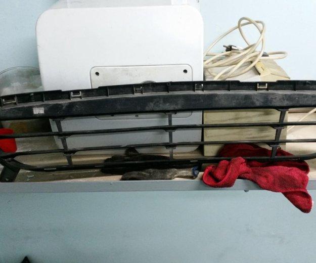 Решетка нижняя переднего бампера hyundai solaris. Фото 2. Котельники.