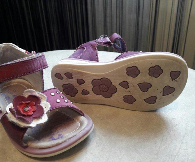 Туфельки 22 размер. Фото 2. Солнечногорск.