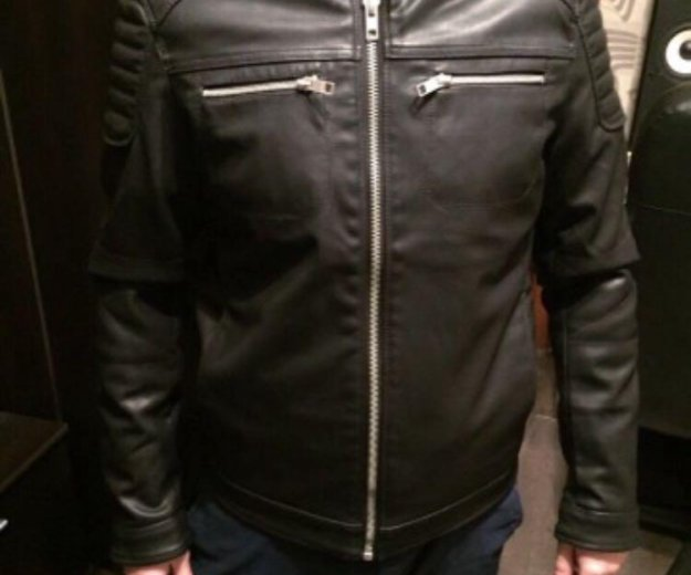 Кожаная куртка. Фото 2. Москва.