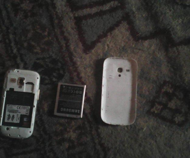 На запчасти всё работает только экран и батарея. Фото 2. Омск.