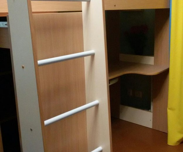 Кровать-чердак +матрац. Фото 4.