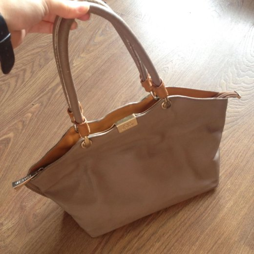 Фирменная сумка. Фото 1. Абакан.