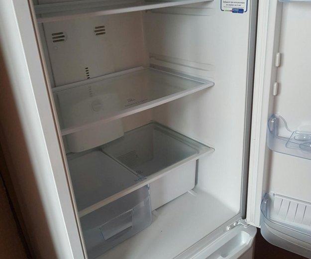 Холодильник indesit b16fnf. Фото 1. Москва.