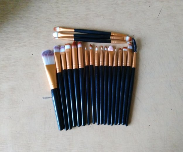 Кисти для макияжа. Фото 2. Томск.