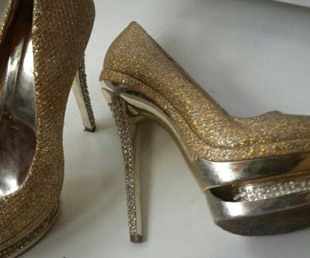 Туфли за киндр сюрприз дочке. Фото 1. Бор.