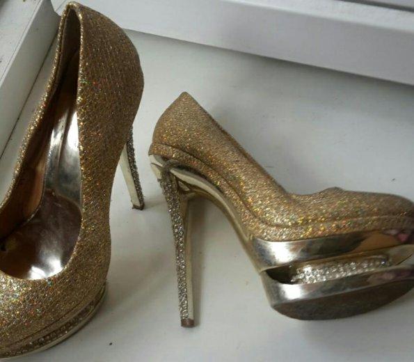 Туфли за киндр сюрприз дочке. Фото 2. Бор.