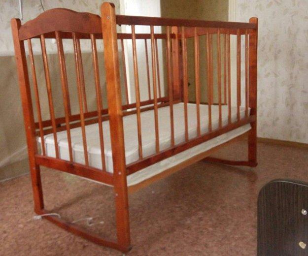 Детская кроватка с матрацем. Фото 1. Воронеж.