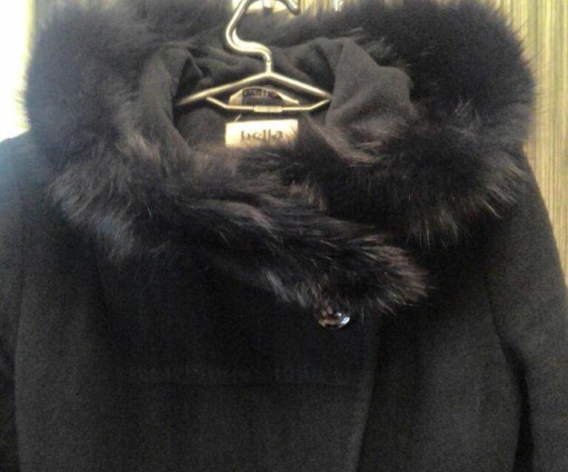 Утепленное пальто с капюшоном (натуральный мех). Фото 1. Москва.