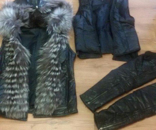 Продам кожаную куртку с отделкой из чернобурки!. Фото 3. Балаково.