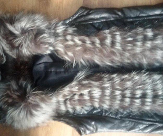 Продам кожаную куртку с отделкой из чернобурки!. Фото 4. Балаково.