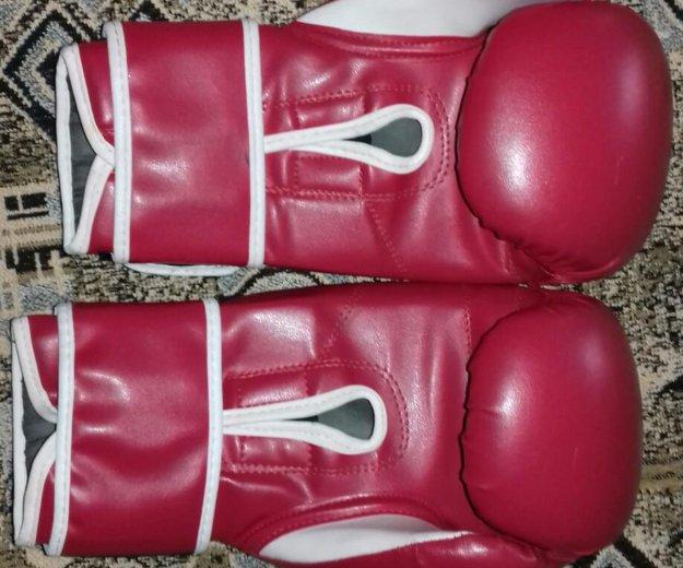 Боксерские перчатки. Фото 1.