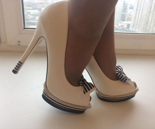 Туфли на высоком каблуке. Фото 2. Тюмень.