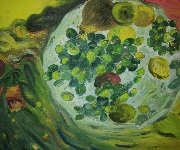 Фрукты на блюдце с элементами абстракции. Фото 2. Москва.