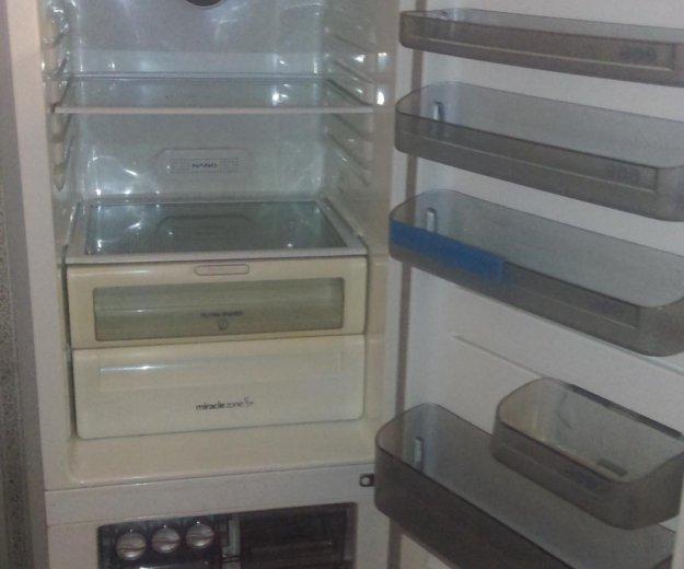 Холодильник. Фото 1. Москва.